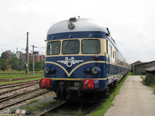 """""""Modrý blesk"""" v depu u Jižního nádraží © PhDr. Zbyněk Zlinský"""