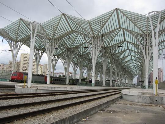 10.06.2009 - Žel. stanica Lisboa-Oriente © František Halčák