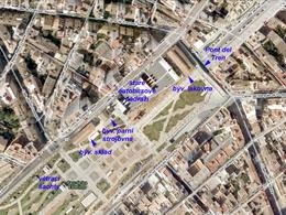 Letecký snímek konce Parc de les Estacions a zachovalých drážních staveb depa FCM v Palmě, zdroj: Wikimapia - ZOBRAZ!