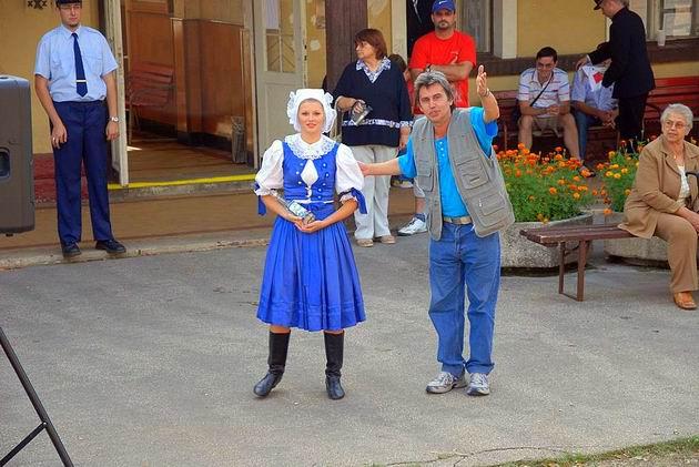 Stará Turá a slivovička. 30. 8. 2009 © Ivan Wlachovský
