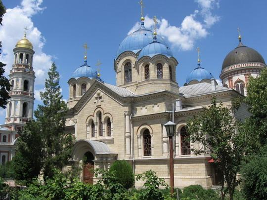 21.07.2009 - Mestečko Chitcani - klášťor Noul-Neamt © František Halčák