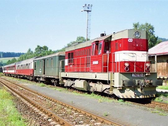 16.08.2001 - Teplice n. Met. 742.113 Sp 1750, © Václav Vyskočil
