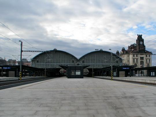Praha hlavní nádraží (2.12.2008) © PhDr. Zbyněk Zlinský