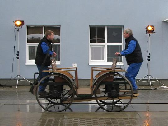"""""""Jízdní stroj"""" podle konstrukce Josefa Božka z roku 1825 © PhDr. Zbyněk Zlinský"""