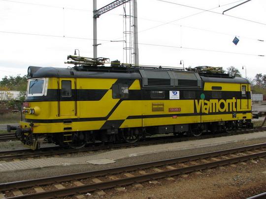 130.049-0 OKD-D (ex Viamont) ve šturcu (28.10.2009 - Staré Město u Uh.Hradiště) © PhDr. Zbyněk Zlinský