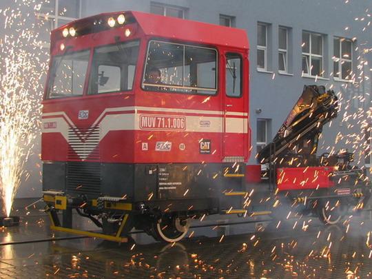 Slavnostně prezentovaný MUV 71.1.006 © PhDr. Zbyněk Zlinský