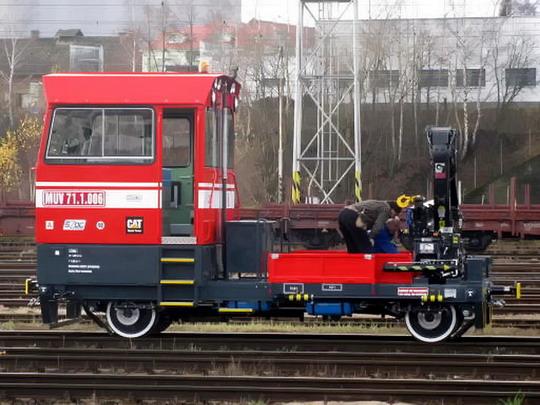 MUV 71.1.006 SŽDC v kolejišti železniční stanice Havlíčkův Brod dne 25.11.2009 © Jan Vostruha
