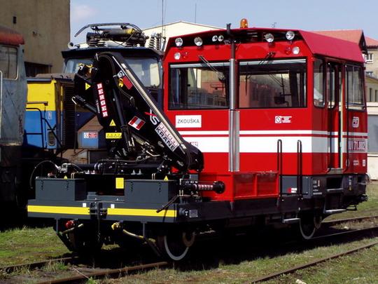 MUV 71.002 Českých drah v Jihlavě dne 14.4.2004 © CZ LOKO