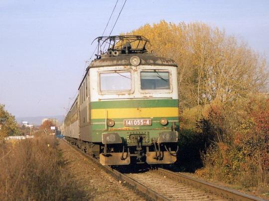 141.055-4 na Os 3818 v Olomouci: dne 26.10.2006 © Radek Hořínek