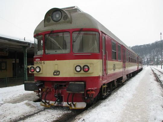 854.215-1 + 954.212-7 jako R 1113 Rumburk - Kolín © PhDr. Zbyněk Zlinský