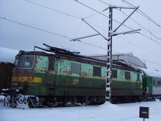 """Nakonec se na cestu směr Morava vydala jen poškozená """"bobina"""" (11.01.2010) © Miloslav Bednář"""