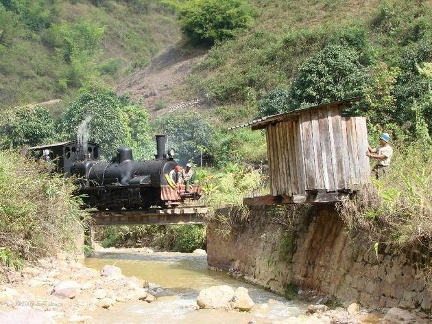 S lokomotívou 42 na trati