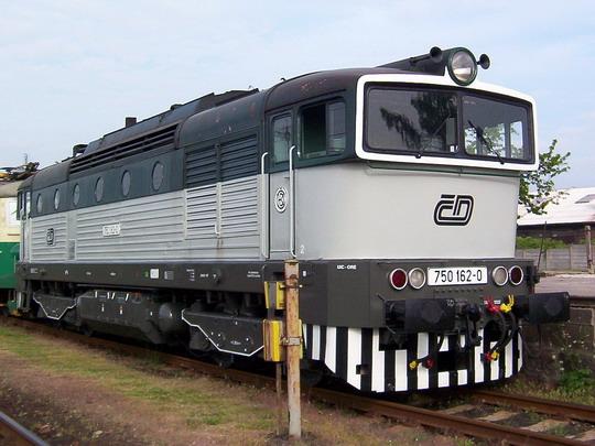 """750.162-0 s """"espézetkou"""" na jaroměřské výstavě vozidel © PhDr. Zbyněk Zlinský"""