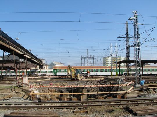 Stavební práce zasahují z nádraží do areálu DPOV © PhDr. Zbyněk Zlinský
