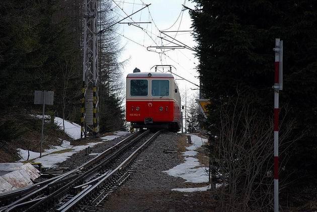 Súprava OŽ na ceste do Štrby. © Ivan Wlachovský