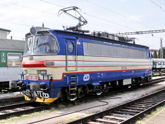 340.055-3 v kolejišti žst. České Budějovice © PhDr. Zbyněk Zlinský