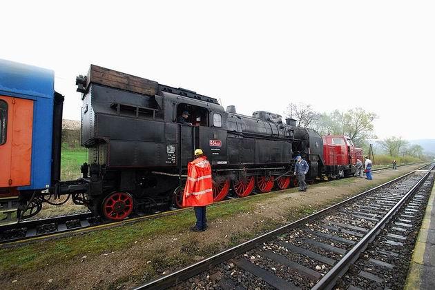 464.001 PPS (ŽSR MDC) v Chrenovci © Ivan Wlachovský