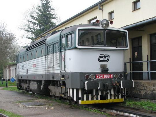 754.008-1 v bývalém jihlavském depu © PhDr. Zbyněk Zlinský