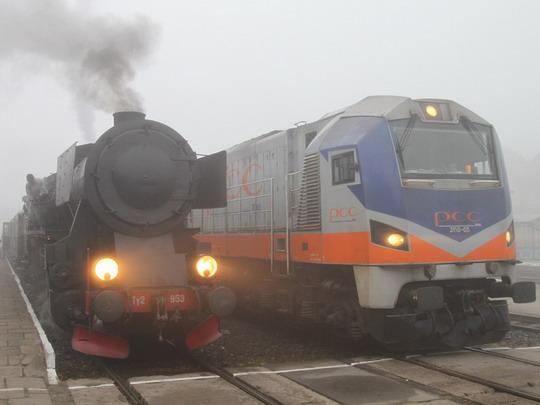 Ty2-953 a 311D-05 v barvách PCC Rail © Jan Guzik
