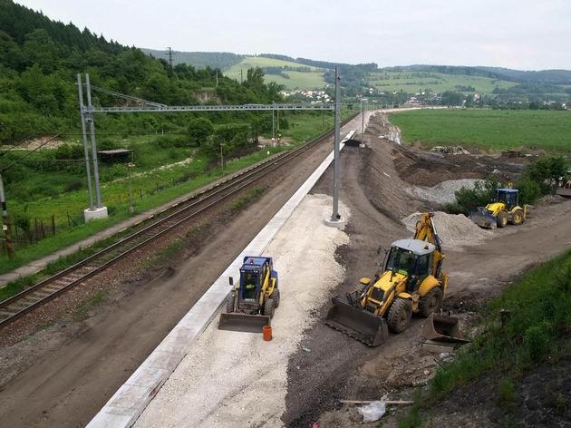 Úsek trate medzi Brodnom a Žilinou počas modernizácie © Radovan Plevko