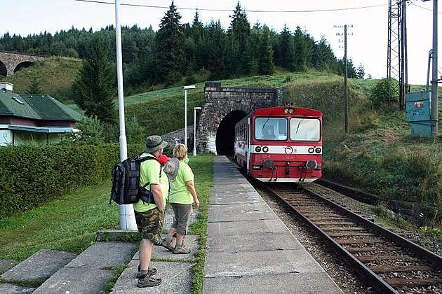 Zastávka Télgart penzión prichádza náš vlak. © Igor Molnár