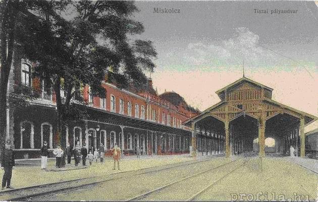 Pôvodná železničná stanica Tiskej železnice v Miskolci, detail prístrešku