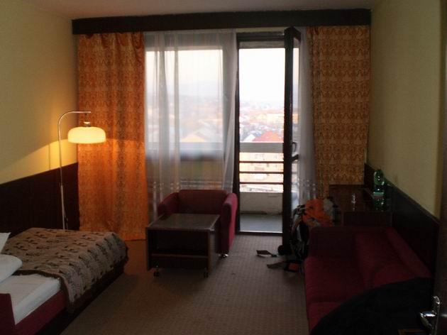 Užhorod, hotel Zakarpatja, hotelový pokoj, 28.10.2010 © Jan Přikryl