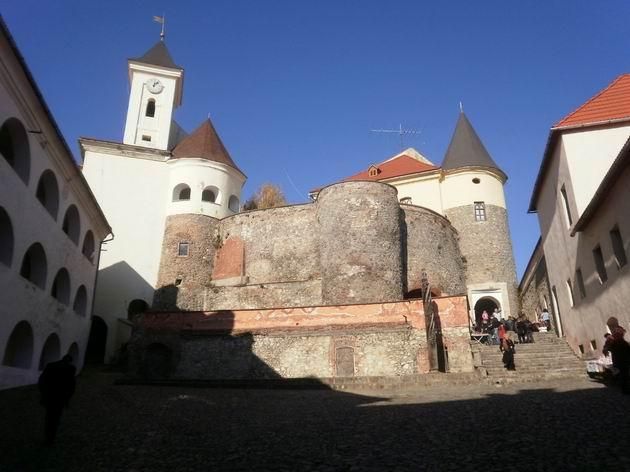 Mukačevský hrad, 31.10.2010 © Jiří Mazal