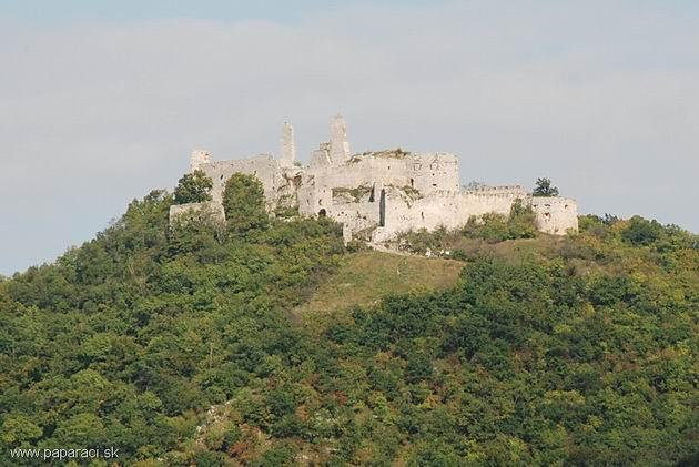 Plavecký hrad ○ Boris Džurňák