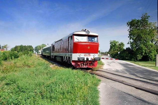 T 478.1201 s požiarnym vlakom. © Ivan Wlachovský