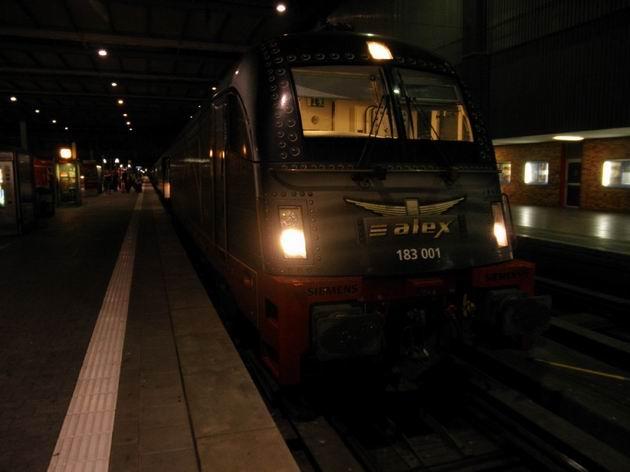 Lokomotiva 183.001 ve stanici München Hbf. © Aleš Svoboda
