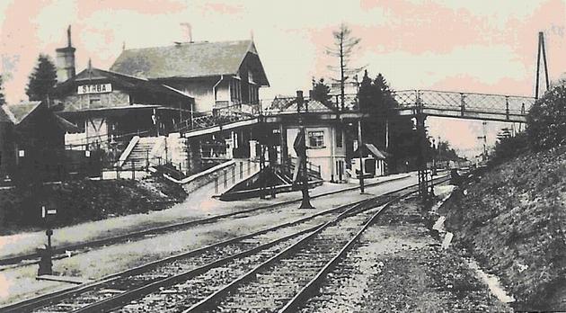 Železničná stanica Štrba (asi 40.roky 20.storočia). Zbierka Ing. Juraj Horváth