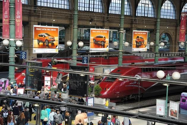 Paříž: setkání jednotek Thalys ve stanici Gare d´Nord. 14.4.2013 © Lukáš Uhlíř