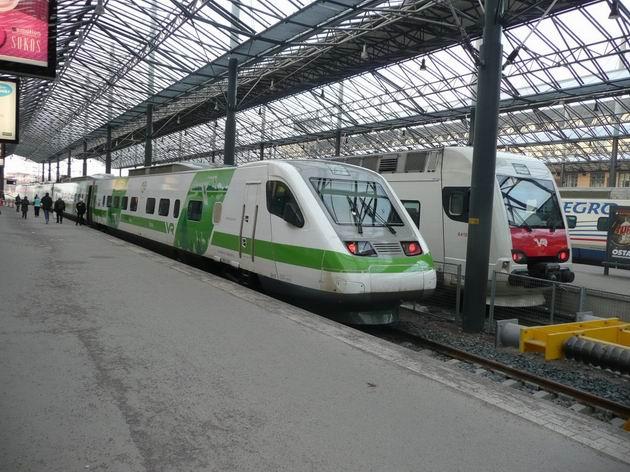 Helsinki: jednotka řady Sm3 v novém barevném schématu © Tomáš Kraus, 21.3.2012