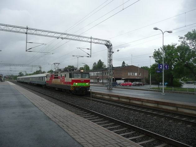 Toijala: expres z Turku do Tampere s lokomotivou řady Sr1 © Tomáš Kraus, 12.6.2014