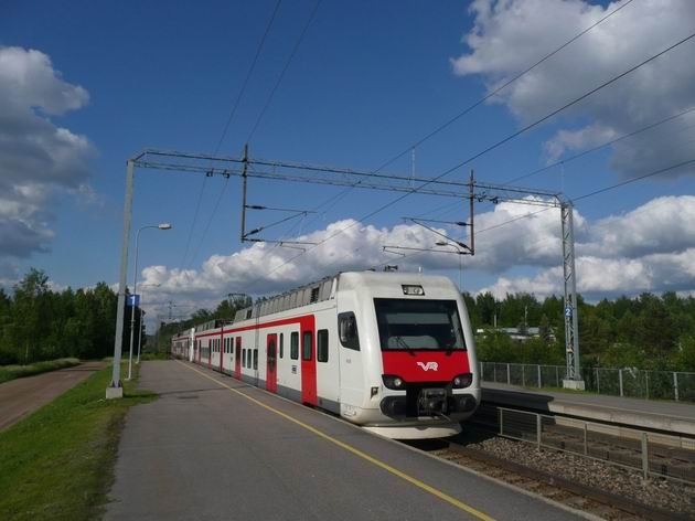 Oitti: dvojice jednotek Sm4 jako vlak z Lahti do Riihimäki © Tomáš Kraus, 11.6.2009